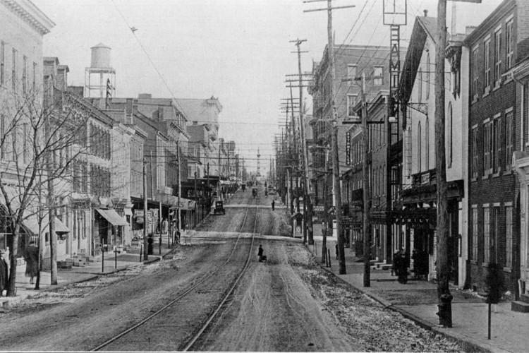 West King Street c.1900, looking east toward Penn Square.